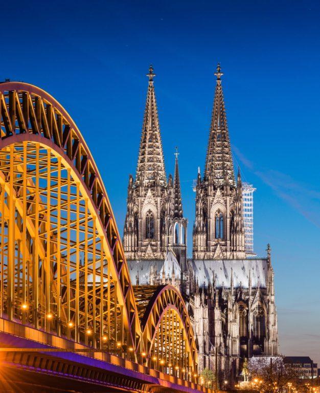 Silvester auf den Kölner Rheinbrücken